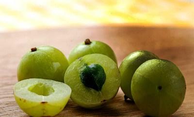 20 Health Benefits Of Amla (Indian Gooseberry)