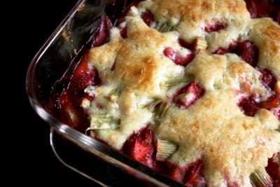 Homemade Strawberry Rhubarb Cobbler Recipe