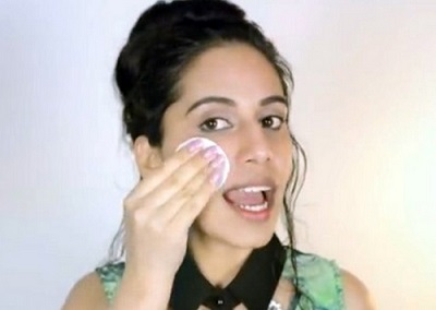 How To Naturally Remove Facial Hair