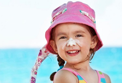 5 Sunscreen Alternatives for Your Kids