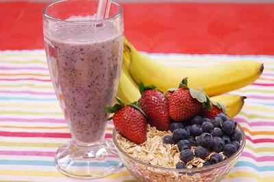 Healthy Oatmeal Breakfast Recipe Banana Berry