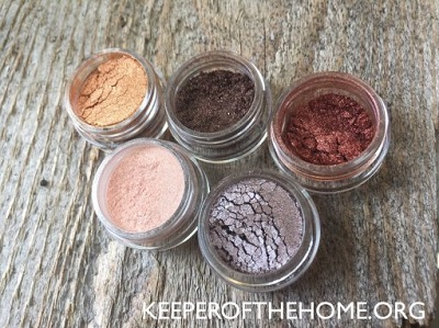 how-to-make-your-own-natural-makeup