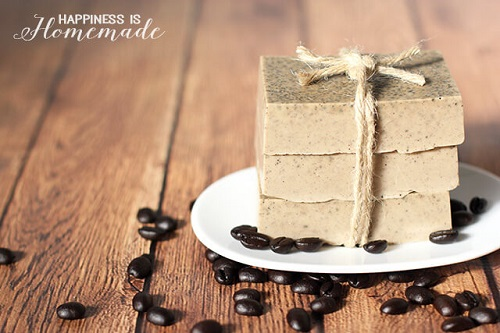 10-Minute Coffee & Milk Exfoliating Soap