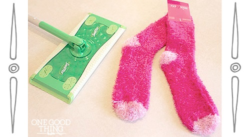 "DIY Reusable ""Swiffer"" Pads and Cleaning Solution"