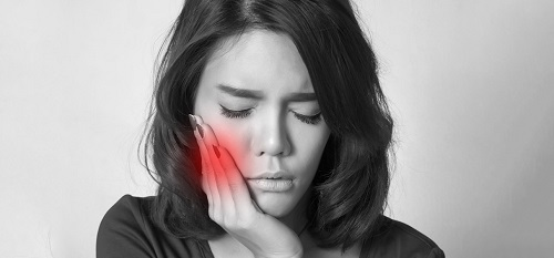 Simple Home Remedies To Treat Swollen Gums